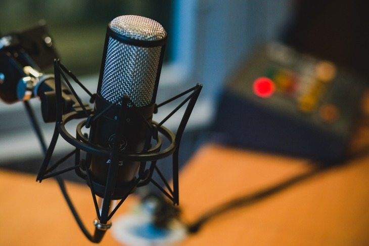 The Best Podcasts to Listen To